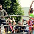 Bloco das Poderosas reuniu Anitta e Nego do Borel