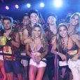 Jade Barbosa se encontrou com amigos em camarote da Sapucaí