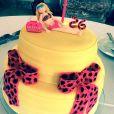 Ana Paula Siebert ganhou um bolo personalizado de aniversário