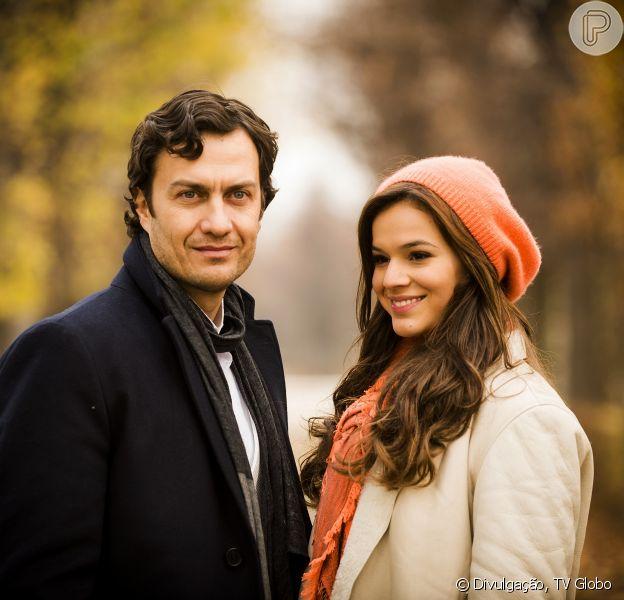 'Em Família': Luiza (Bruna Marquezine) dirá para Helena (Julia Lemmertz) que não pretende se afastar de Laerte (Gabriel Braga Nunes)