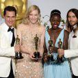 Matthew McConaughey, Cate Blanchett, Lupita Nyong'o e Jared Leto com suas estatuetas do Oscar 2014