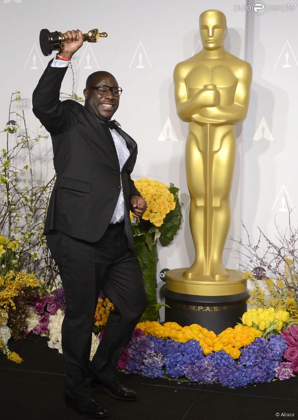O diretor Steve McQueen, de '12 Anos de Escravidão', é o primeiro negro a dirigir uma produção vencedora da categoria principal do Oscar