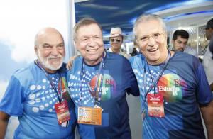 Boni recebe convidados famosos em camarote na Marquês de Sapucaí