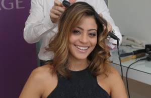 Carol Castro cuida dos cabelos em hotel de São Paulo durante lançamento de marca