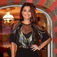 Juliana Paes usou look de mais de R$ 100 mil na coletiva de imprensa da novela 'Meu Pedacinho de Chão', no Rio de Janeiro, nesta quinta-feira, 27 de março de 2014