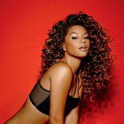 Juliana Alves posa sensual e diz sobre sua boa forma: 'Sou 100% natural'