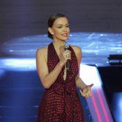 Julia Lemmertz escolhe vestido Gucci de R$ 8 mil para festa 'Vem aí'