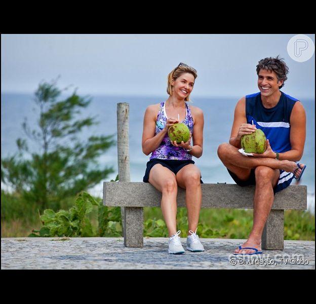 Cadu (Reynaldo Gianecchini) e Silvia (Bianca Rinaldi) estão cada vez mais próximos, na novela 'Em Família', em 17 de abril de 2014