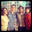 Maria Casadevall ao lado de seus colegas de 'Amor à Vida' Carol Castro e Márcio Garcia, além do namorado Caio Castro