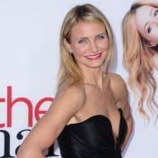 Cameron Diaz usa decote ousado para lançar filme 'Mulheres ao ataque' nos EUA