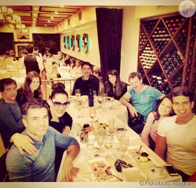 Claudia Raia curte Nova York na companhia dos filhos, Enzo e Sophia, e do namorado, Jarbas Homem de Mello, em abril de 2014