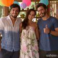 Sandra (Karen Coelho) se harmoniza com os sobrinho Marlon (Rodrigo Simas) e William (Thiago Rodrigues) no último capítulo de 'Além do Horizonte'