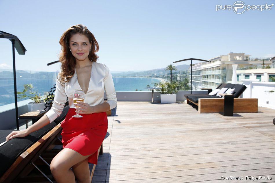 Paloma Bernardi participa de almoço promovido pela Stella Artois no Festival de Cannes 2014, em 17 de maio de 2014