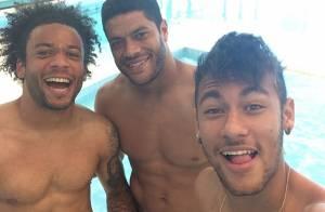 Neymar, Fred e Hulk se divertem após goleada da Seleção Brasileira em amistoso