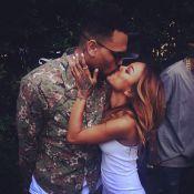 Chris Brown comemora saída da cadeia com festa entre amigos