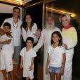 Márcio Garcia recebe famosos em sua casa para retiro espiritual com guru 6 de junho de 2014