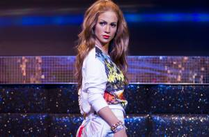 Jennifer Lopez ganha estátua no Madame Tussauds com figurino do clipe da Copa
