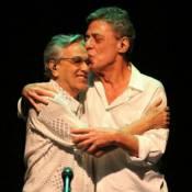 Caetano Veloso faz homenagem aos 70 anos de Chico Buarque: 'Amo-o'