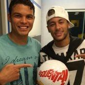 'Esquenta!': Neymar e Thiago Silva cantam pagode em programa de Regina Casé