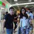 De folga das gravações da novela 'Em Família', Giovanna Antonelli foi clicada embarcando no aeroporto Santos Dumont, no Rio de Janeiro, na tarde desta terça-feira 24 de junho de 2014
