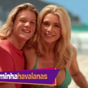 Filho de Leticia Spiller brinca com curvas da mãe em comercial: 'Velhinha gagá'