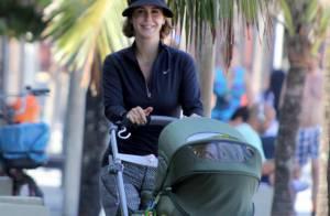 Guilhermina Guinle leva a filha, Minna, para passear na orla do Rio de Janeiro