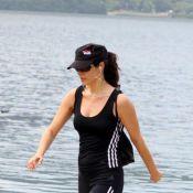 Helena Ranaldi se exercita em dia ensolarado na Zona Sul do Rio de Janeiro