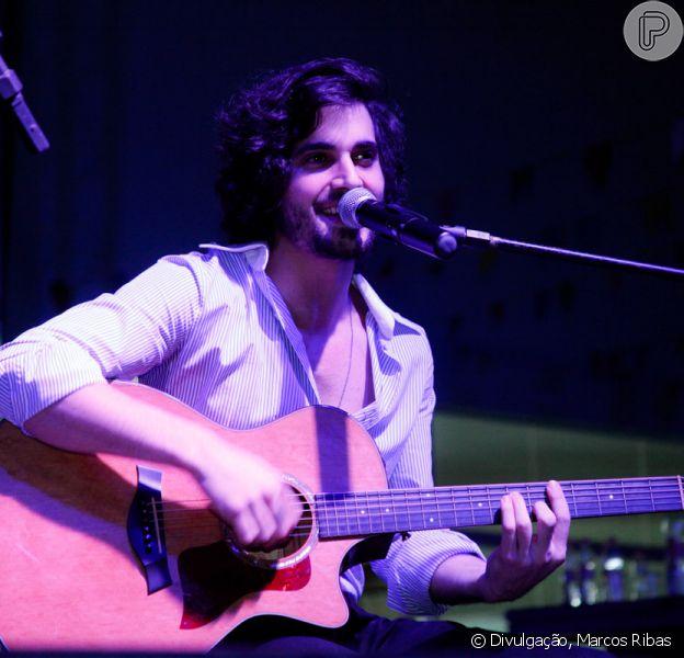 Fiuk participou do 'Arraiá do Bem', no sábado, 5 de julho de 2014, em Alphaville, em São Paulo