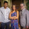 Juliana (Vanessa Gerbelli) continua dividida entre Jairo (Marcello Melo Jr.) e Nando (Leonardo Nogueira), pais de Bia (Bruna Faria) e Artur, seus dois filhos