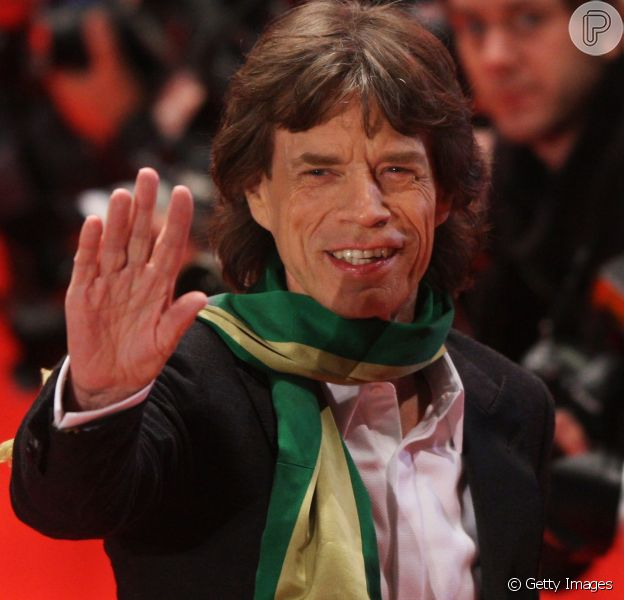 Luciana Gimenez postou uma foto com Mick Jagger neste domingo, 17 de junho de 2018, dia da estreia do Brasil na Copa do Mundo