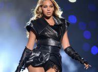 Beyoncé arrasa no Super Bowl, mas é criticada pelo figurino de couro de iguana
