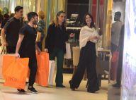 Grávida, Isis Valverde ganha ajuda com sacolas após dia de compras. Fotos!