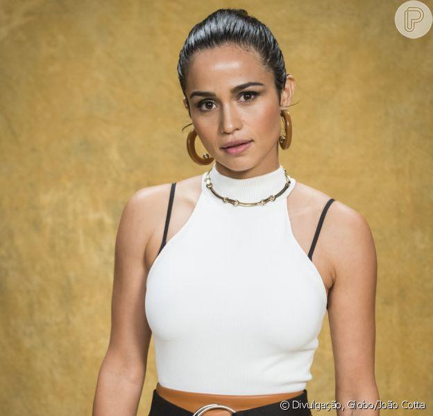 Nanda Costa lançou música com Lan Lanh e faz homenagem para namorada nesta quinta-feira, 28 de junho de 2018