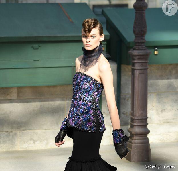Anos 80 na Semana de Alta-Costura em Paris: a década ganha revival nos desfiles das grifes: look noiva do desfile da Chanel