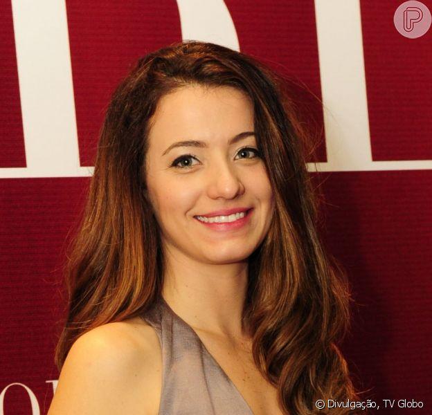 Bianca Müller se destaca no papel de ninfeta em 'O Rebu'