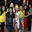 Aline Dias e mais atrizes torceram pelo Brasil na Copa do Mundo na Rússia nesta sexta-feira, 6 de julho de 2018