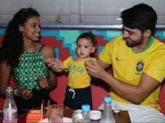 Aline Dias, após ver jogo do Brasil com filho, lamenta: 'Não foi dessa vez'