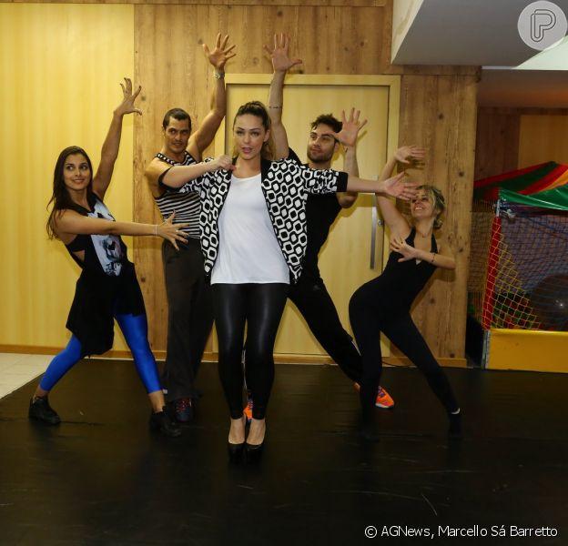 Tânia Mara se dedica a ensaios de voz e de dança para o show de estreia de sua nova turnê na tarde desta quarta-feira, 23 de julho de 2014