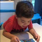 Aline Gotschalg mostra o filho aprendendo as cores: 'Falando em inglês'. Vídeo!