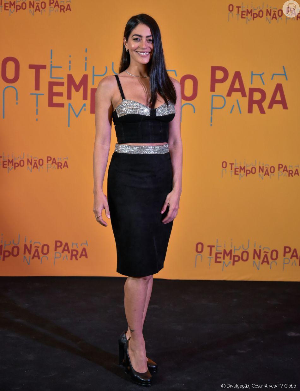 adde59e3897 Carol Castro comemorou o retorno às novelas em  O Tempo Não Para  após o