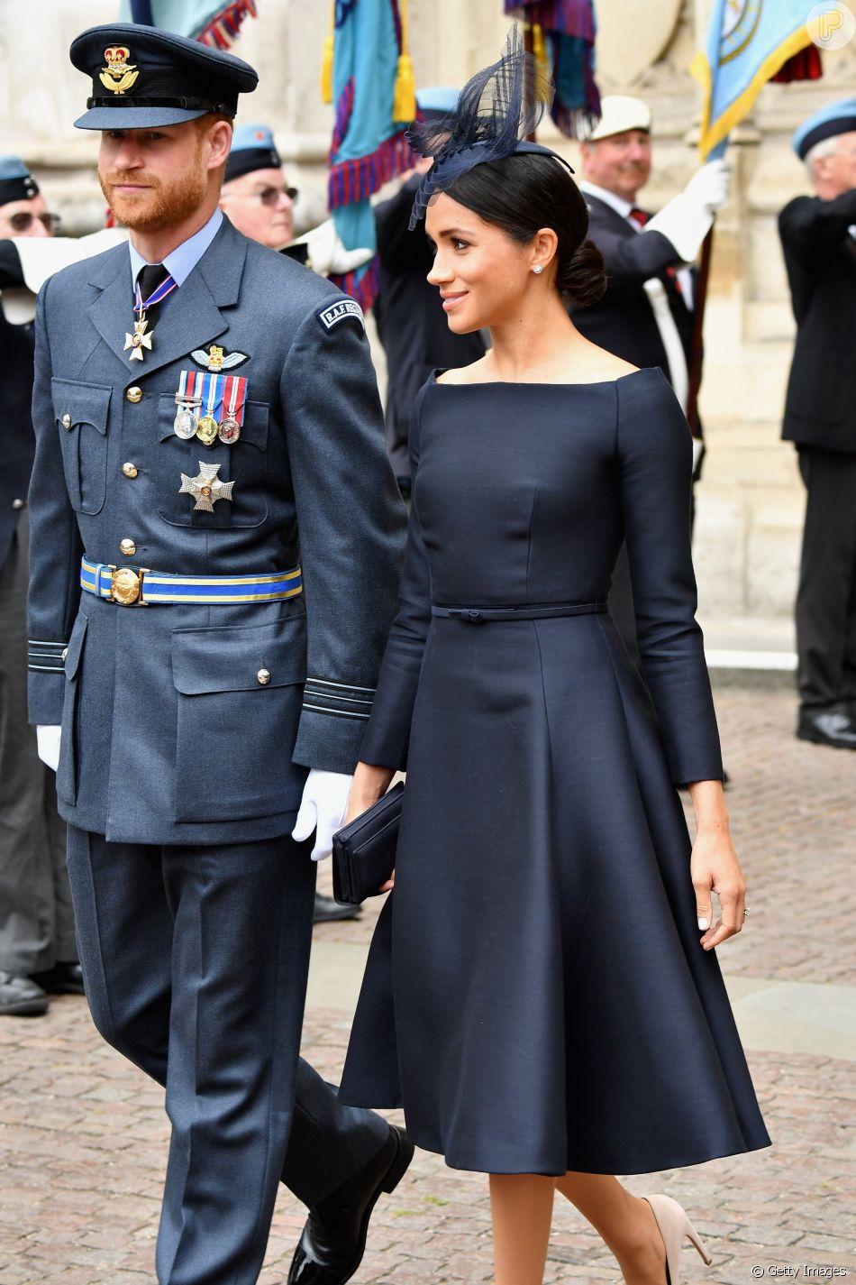 a2466abd8a Vestido Dior usado pela duquesa de Sussex em celebração da Força Aérea Real  não tem valor revelado