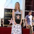 Sete meses após deixar sua marca na Calçada da Fama de Hollywood, Jennifer recebeu uma réplica de sua estrela