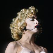 Madonna faz 60 anos e continua rainha do pop: veja looks mais icônicos