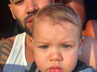Gusttavo Lima posa com filho Gabriel e fãs apontam: 'Olhos da mãe e boca do pai'