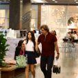 Edson Celulari faz compras com a flha, Sophia