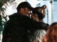 Clima de romance! Paolla Oliveira e Rogério Gomes namoram em bar no Rio. Fotos