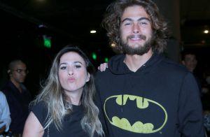 Fernanda Gentil e a namorada prestigiam show de Sandy no Rio. Veja fotos!