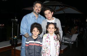 Marcos Mion canta rock com filhos em vídeo: 'Levam no DNA a loucura do pai'