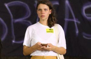Bruna Linzmeyer participa de protesto em prol de movimento lésbico no Rio. Fotos