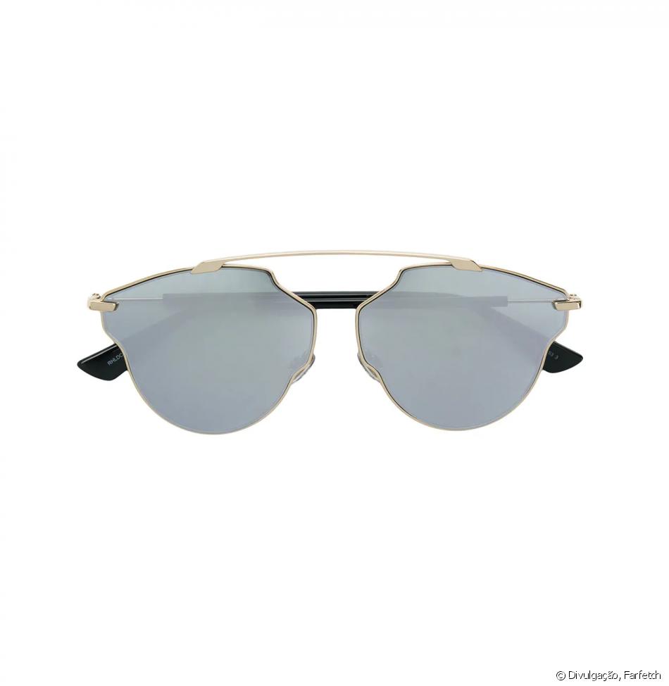 8ace4bd9d Óculos de sol Dior, usado por Bruna Marquezine, custa R$3.046 no site da  Farfetch